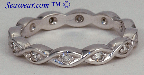14kt white gold Celtic twist band with diamonds