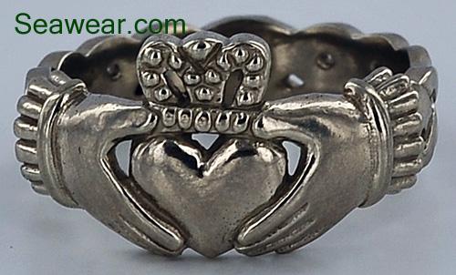 Celtic Claddagh Ring