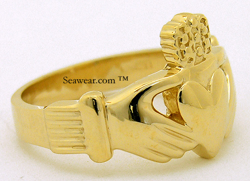 side view gents Claddagh ring