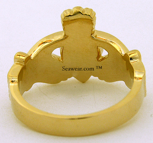 back view gents Claddagh ring