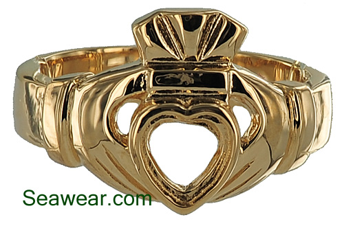 Claddagh ring with bezel setting for 6mm heart