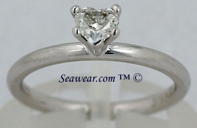 VS diamond heart shaped Claddagh engagement ring