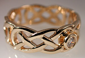 Celtic love knot engagement band