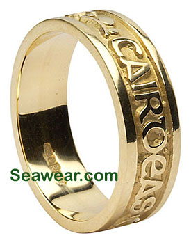 gold Gaelic wedding band