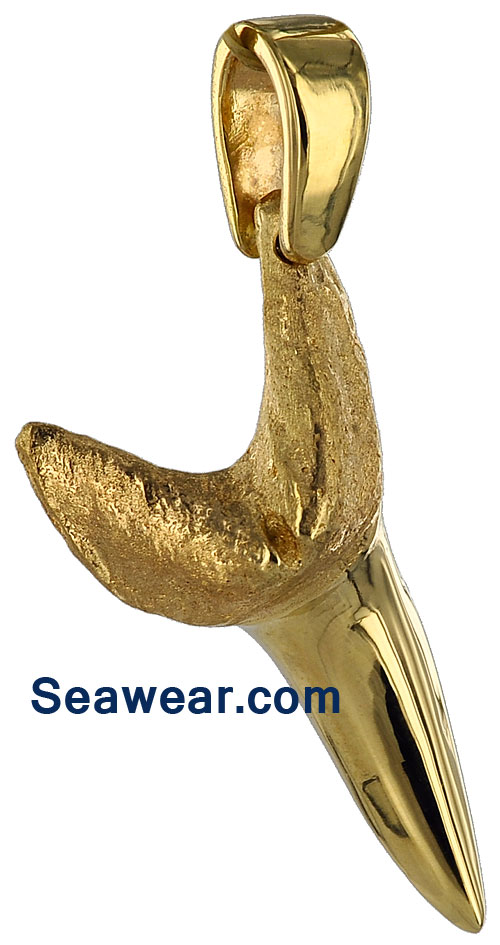 gold mako shark tooth jewelry pendant