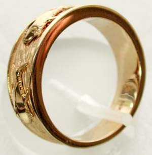 yellow gold triple tuna ring