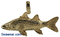 14kt snook pendant with enamel stripe